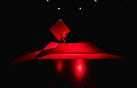 Il colore si fa spazio ph. © Daniele Casadio - Dancer: Rhuena Bracci