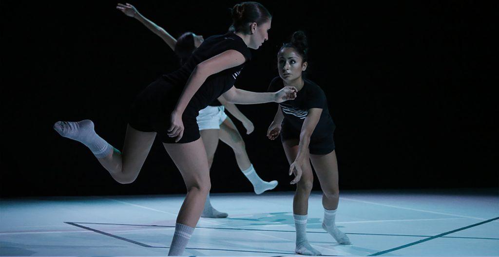 Alphabet: Relazione - ph. © Margherita Masè - Dancers: Carlotta Fanelli, Eloise Listuzzi, Jane Llah