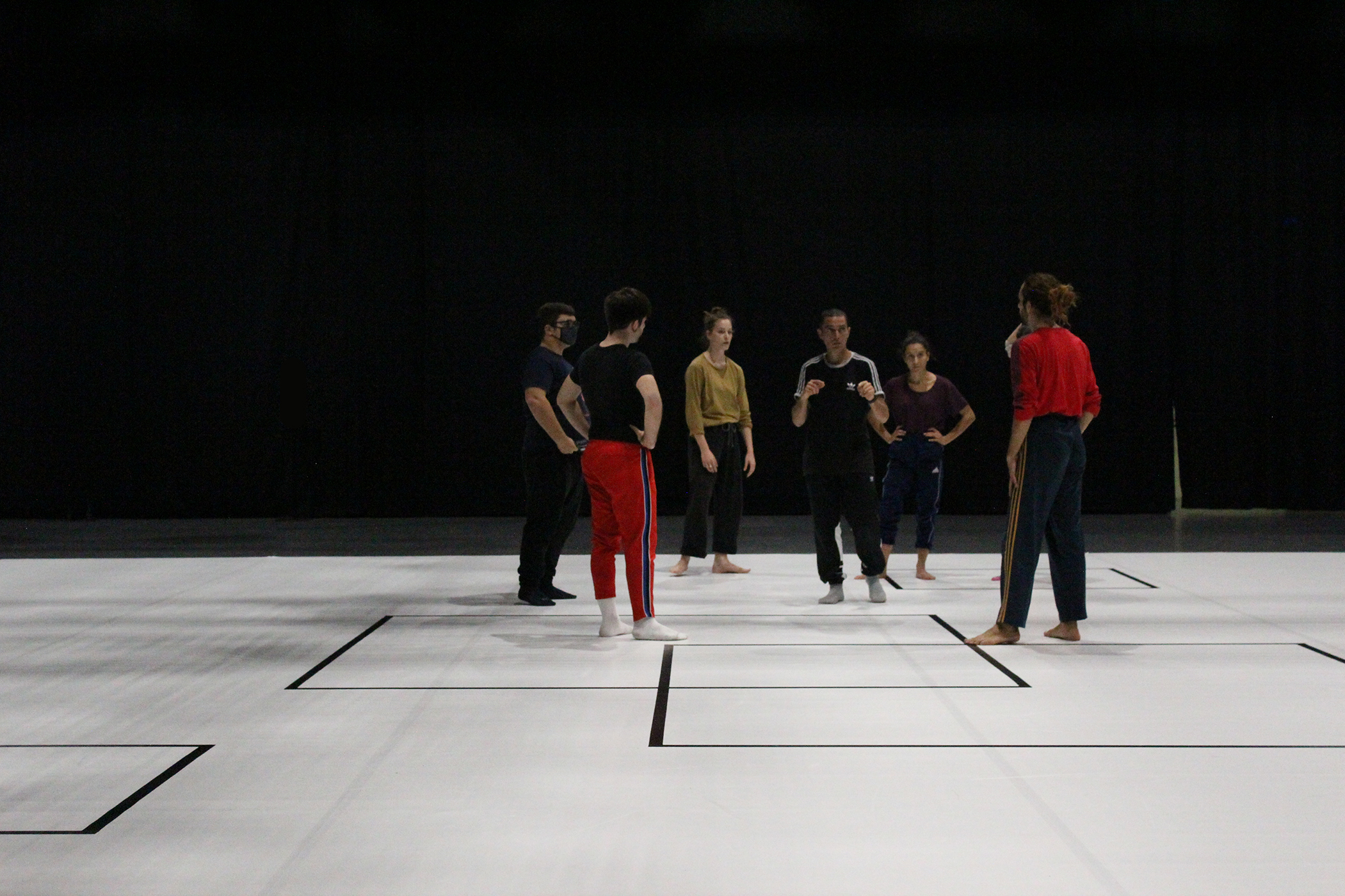gruppo nanou . Alphabet: video - movimento ph. Alessandra Cimino, Spazio Rossellini