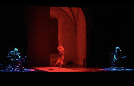 gruppo nanou + OvO | Canto Primo: Miasma + Arsura . still video Claudio Stanghellini - Rhuena Bracci, Bruno Dorella, Stefania Pedretti
