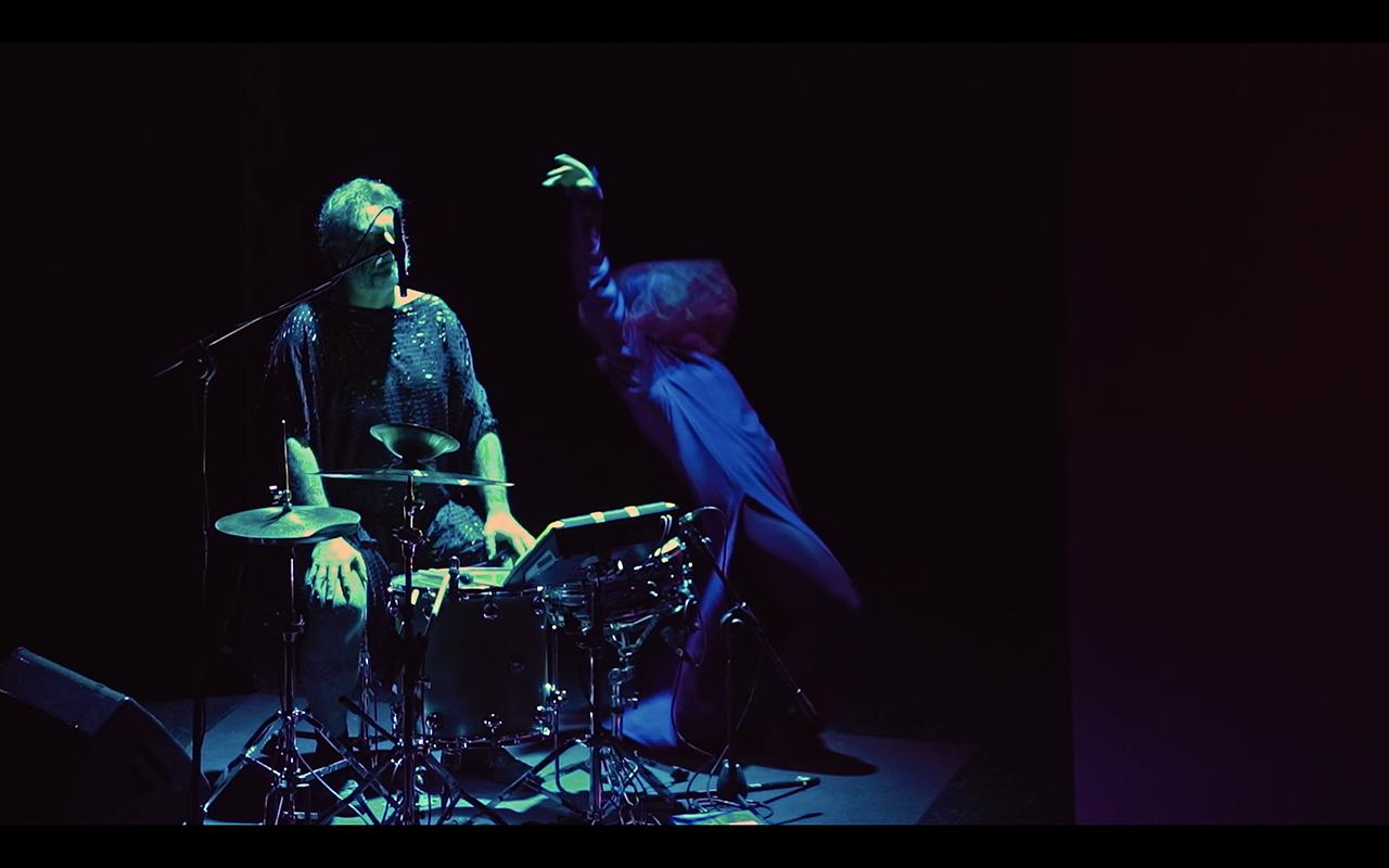gruppo nanou + OvO   Canto Primo: Miasma + Arsura . still video Claudio Stanghellini - Rhuena Bracci, Bruno Dorella